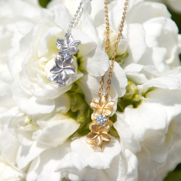 Flower crown -Plumeria- type=Diamond + K18WG、Diamond + K18YG